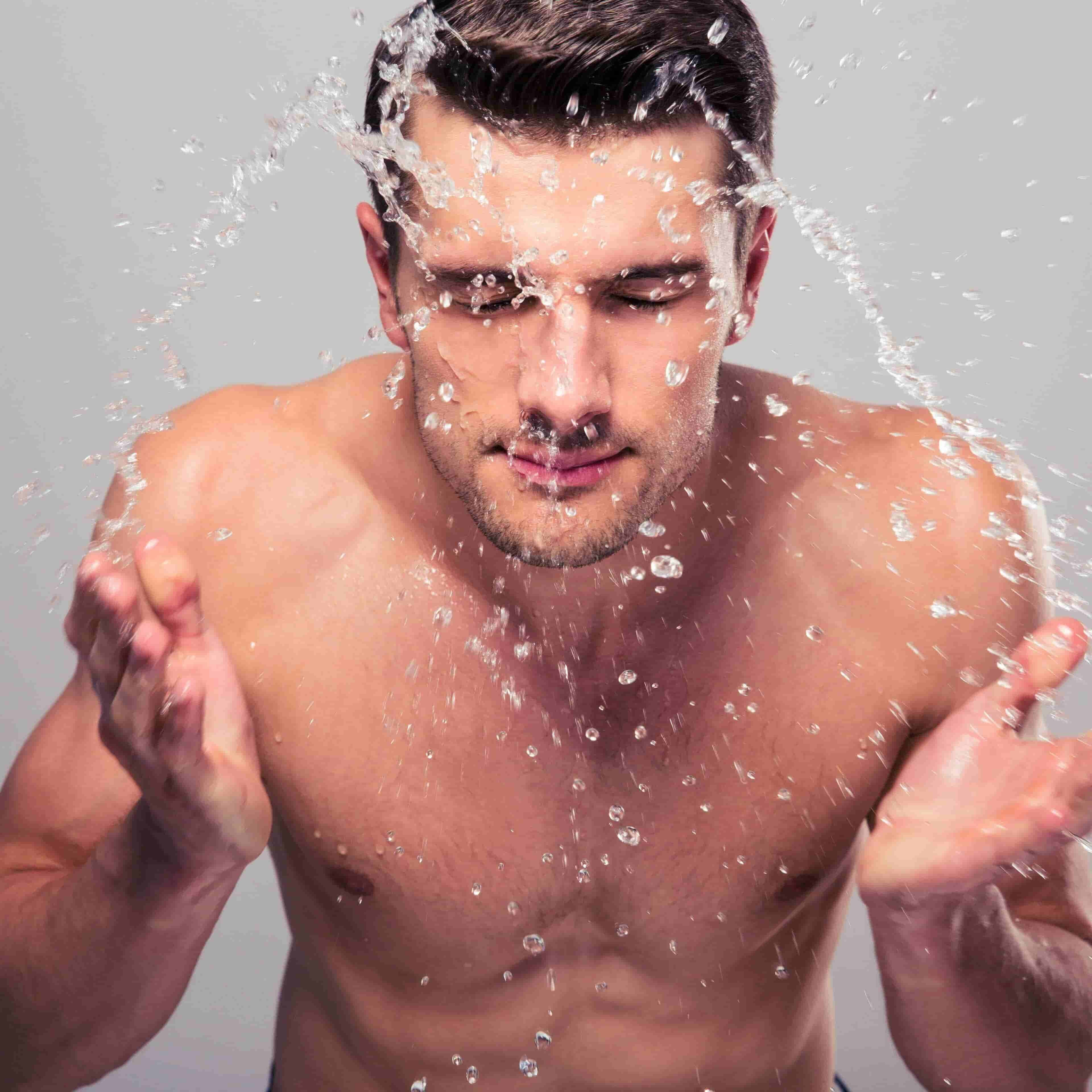 How to Choose the Best Men's Face Wash for Your Skin